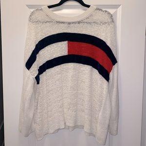 Oversized Tommy Hilfiger sweater- vintage